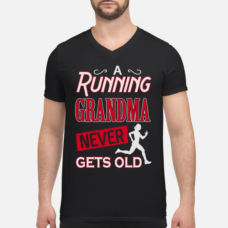 A running grandma never gets old V-neck T-shirt