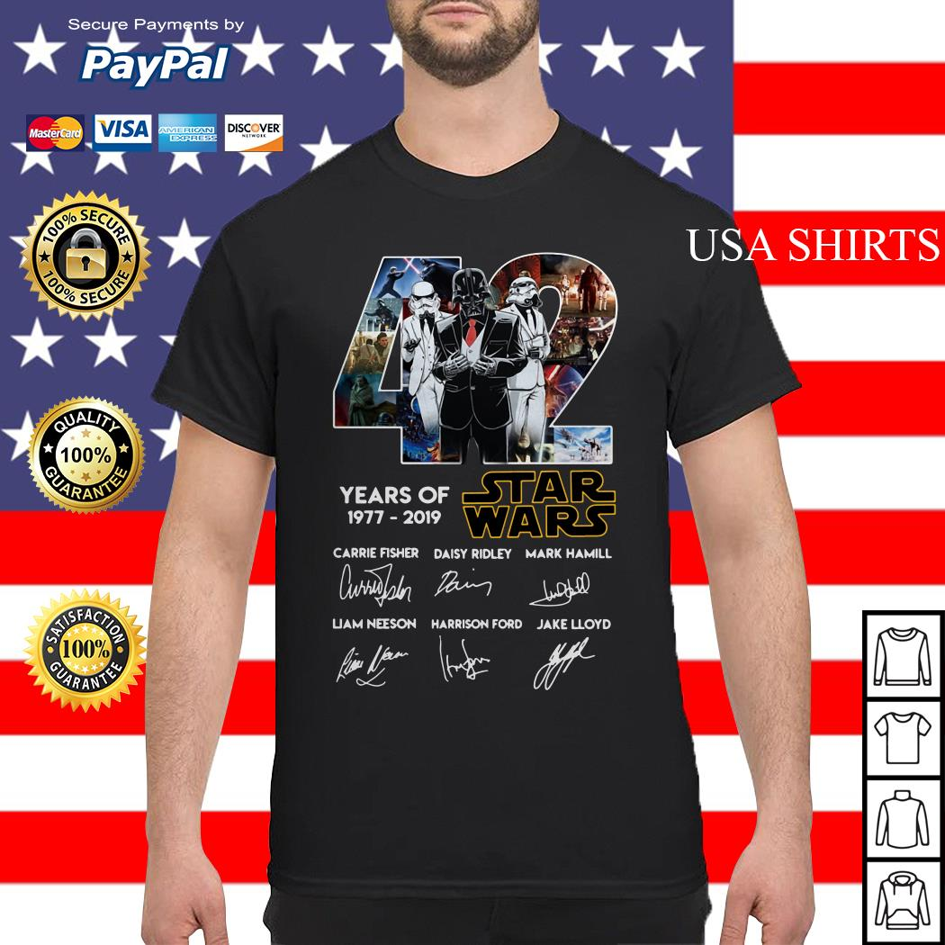 Darth Vader and Stormtrooper 42 years of 1977 2019 Star Wars signatures shirt