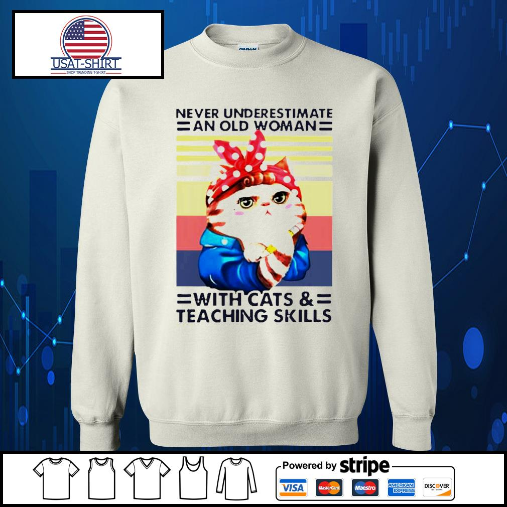 Vintage cat red bandana never underestimate an old woman with cats and teaching skills s Sweater